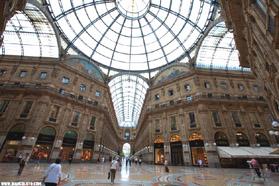 Галерея Виктора Эммануила в Милане